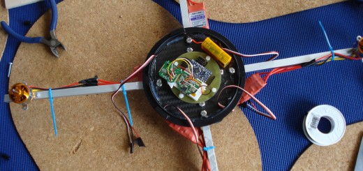 Unser Quadrocopter noch unverkabelt und unfertig